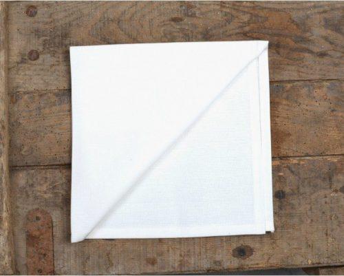 Location de serviette en tissu blanche 50 X 50 cm