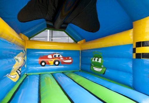 location chateau gonflable cars enfant